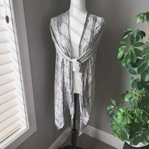 Unique light weight grey scarf like cardigan